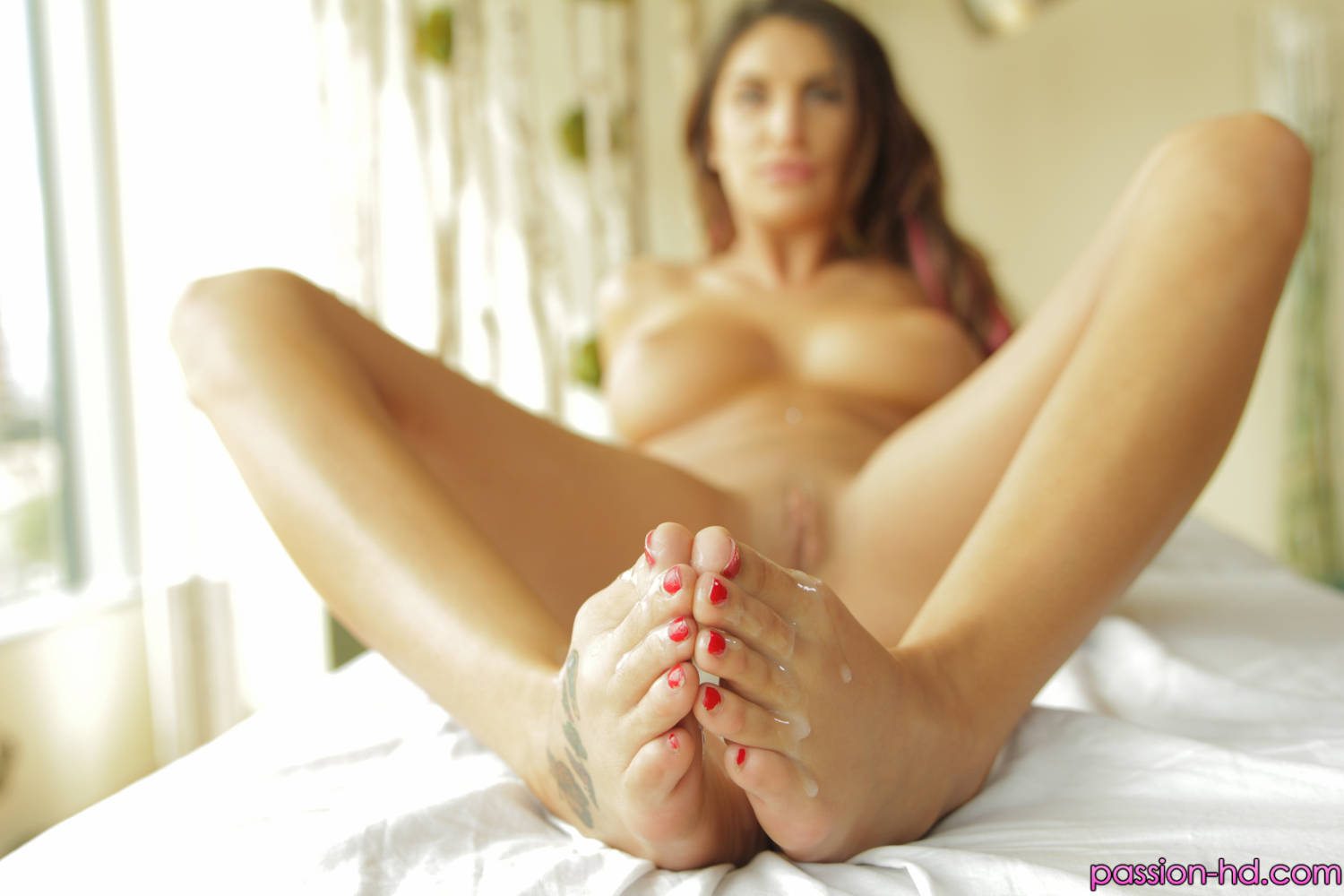 Passion HD August Ames in Full Body Rub Down 13