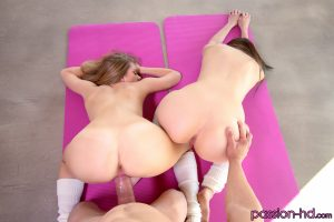 Passion Hd Trisha Parks & Debbie Clark in Stretch Those Pussies 16